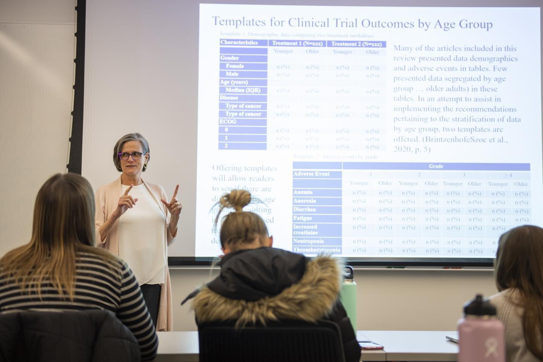 Unter reporting von Daten auf die Ergebnisse bei älteren Erwachsenen in cancer clinical trials